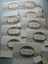 Portada decorada, ovalo y borde