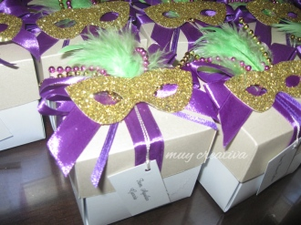 Tarjeta-caja Mardi Gras