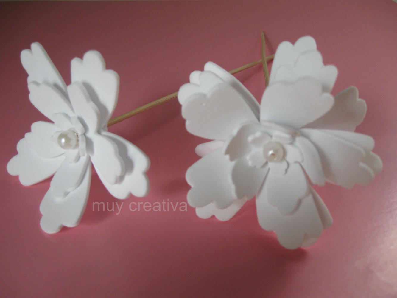 Centros De Mesa    Flor Blanca